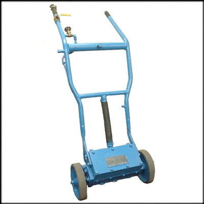 MacDonald U7 REBUILT FLOOR SCALER, 7 PISTON